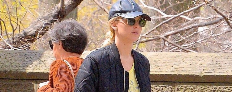 Candids: Walking her dog in Central Park, New York City