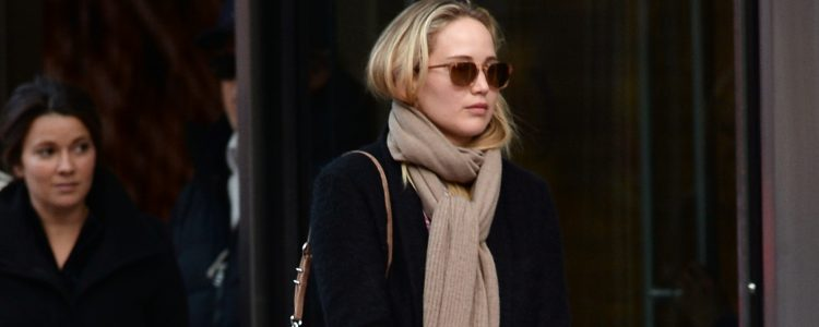 Candids: Out for dinner with friends in New York City